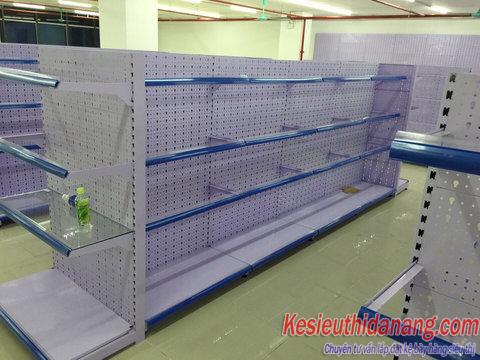 Kệ kính siêu thị